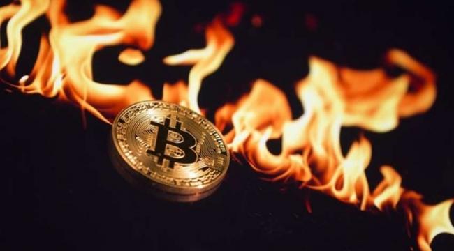 Yasak kararıyla Bitcoin sert düştü